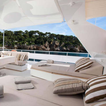 Yachting & Villas